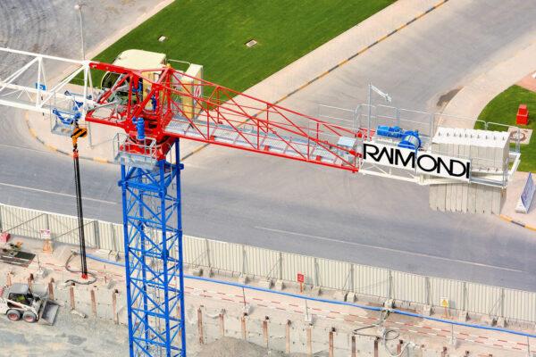 Raimondi MRT152 topless tower crane