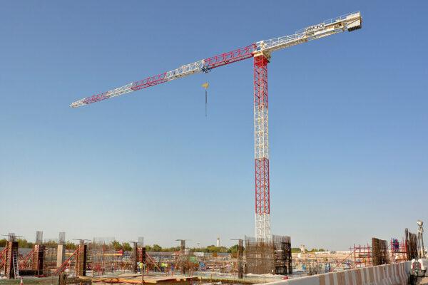 Raimondi MRT294 topless tower crane